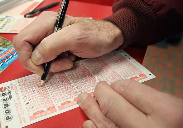 Новозеландская лотерея lotto (6 из 40)